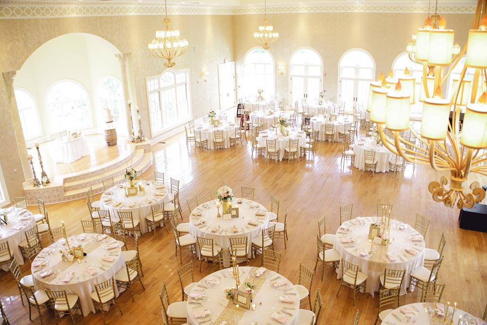 morais-vinyards-and-winery-weddings-and-events-the-palacio-package-ballroom-1-1 The Palacio Package